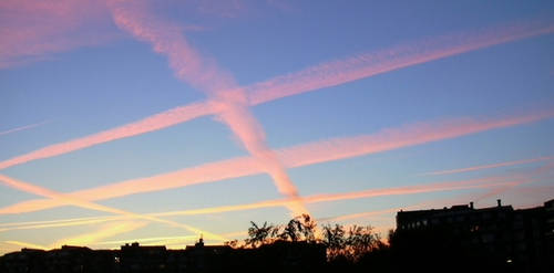 chemtrails-criss-cross